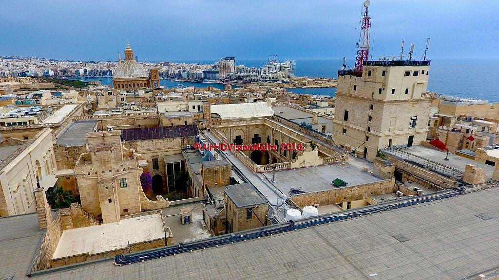 Valletta old skyline.jpg