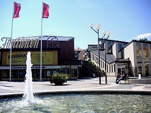 Vällingby - The Fontänen cinema.
