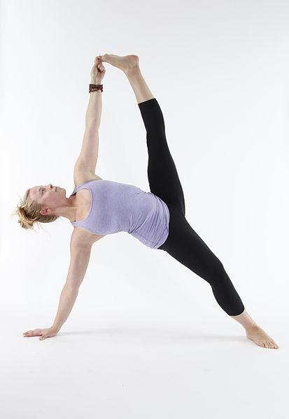 File:Vasisthasana B - Full Side Plank with Toe Grip.jpg