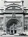 Victoria and Albert Museum - Main Entrance c.1960 - geograph.org.uk - 325588.jpg