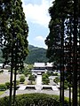 View of Niomon from Koen Daibosatsu Buddha statue 20180604.jpg
