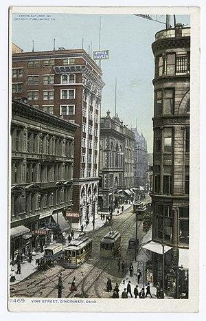 Vine Street, Cincinnati - Vine Street in 1907.