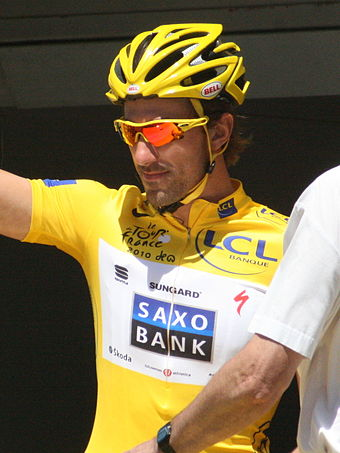 Fabian Cancellara pictured at the 2010 Tour de France. He is the rider who has worn the yellow jersey as leader of the general classification for the most days without ever winning the race. Voigt Cancellara TDF 2010 Cambrai (cropped).JPG