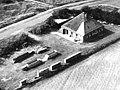 Voor- en zijgevel nr. 37621 luchtfoto - Den Hoorn - 20472624 - RCE.jpg