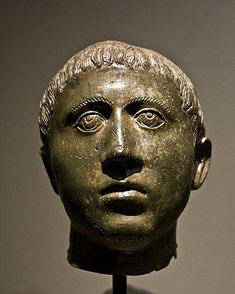Allard Pierson Museum - Image: WLANL Pachango Allard Pierson Bronzen Romeinse kop van een jongen