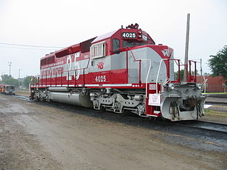 WSOR #4025 painted for the railroad's 25th anniversary, seen in Madison on July 23, 2005. WSOR 4025 20050723 WI Madison.jpg