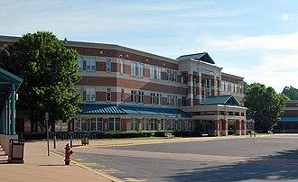 Walt Whitman High School (Maryland) - Image: Walt whitman hs 20080526 083124 1