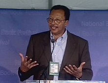 Walter Dean Myers 2001 Bookfest screen grab.jpg