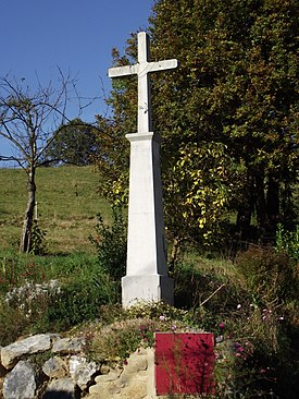 Wayside cross in Paréac, Hautes-Pyrénées, France.jpg