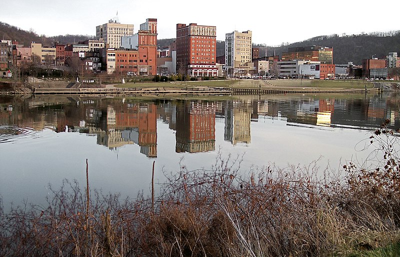 File:Wheeling West Virginia.jpg