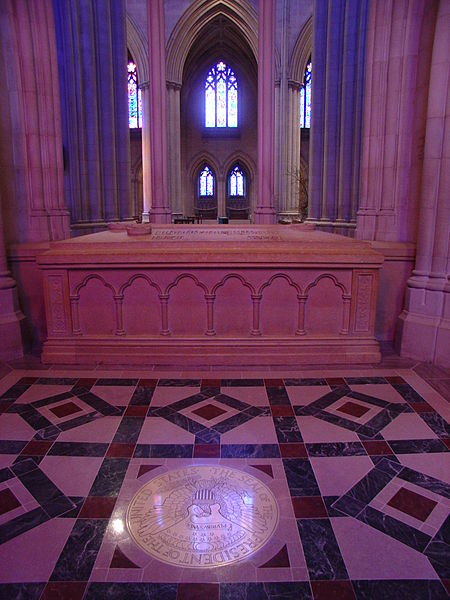 Woodrow Wilson's tomb in the National Cathedral, Washington, D.C.  - Wikimedia image