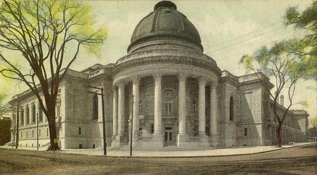 Woolsey Hall, Yale University