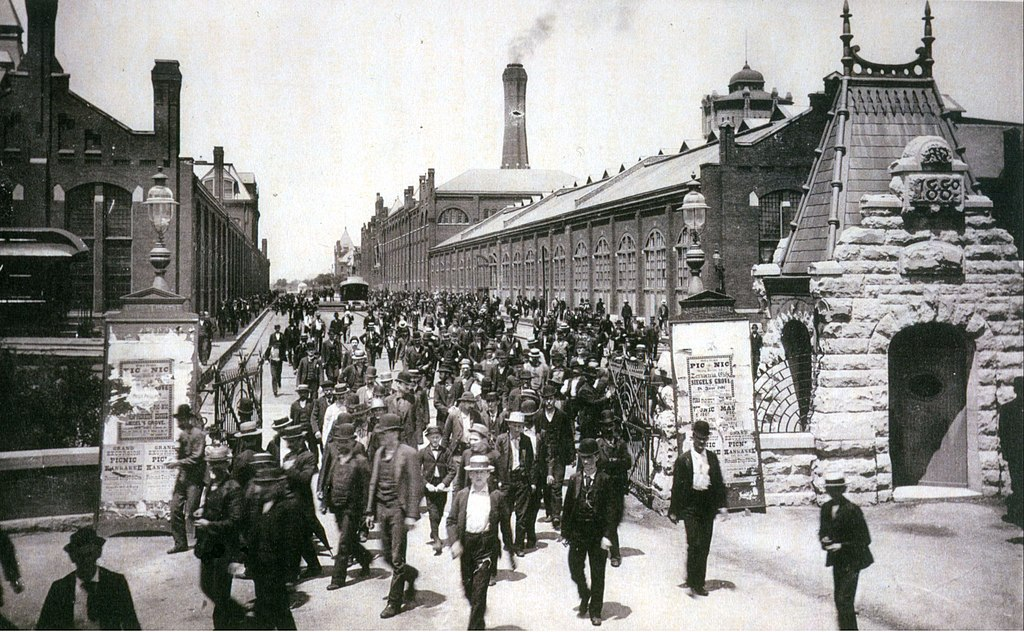 File Workers Leave The Pullman Palace Car Works 1893 Jpg