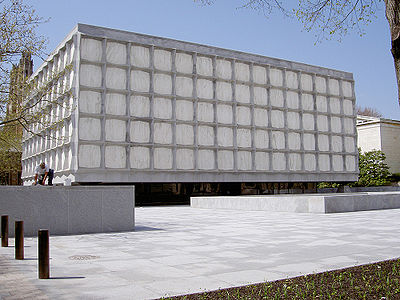 Yale-beinecke-library
