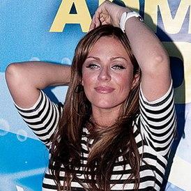 Юлия Началова на окрытии летнего сезона в яхт-клубе «Адмирал» (5 июня 2011 года)