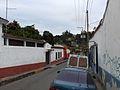 Zona residencial en un barrio de Caracas.jpg
