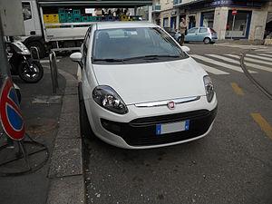 ' 11 - ITALY - Fiat Punto Evo Milano 04.JPG