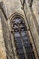 Église Saint-Pierre de Gourdon, vitrail extérieur.jpg