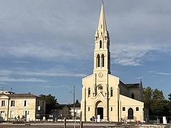 Église de Gradignan (45309327241).jpg