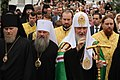Епископ Александр (Ищеин), митрополит Варсонофий (Судаков) и Патриарх Кирилл в Ярославле.jpg