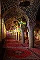 شبستان مسجد در لحظات اولیه صبح یکم دی ماه.jpg