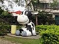 大社區的乳牛像.JPG