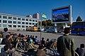 0912 - Nordkorea 2015 - Pjöngjang - Public Viewing am Bahnhofsplatz (22977222415).jpg