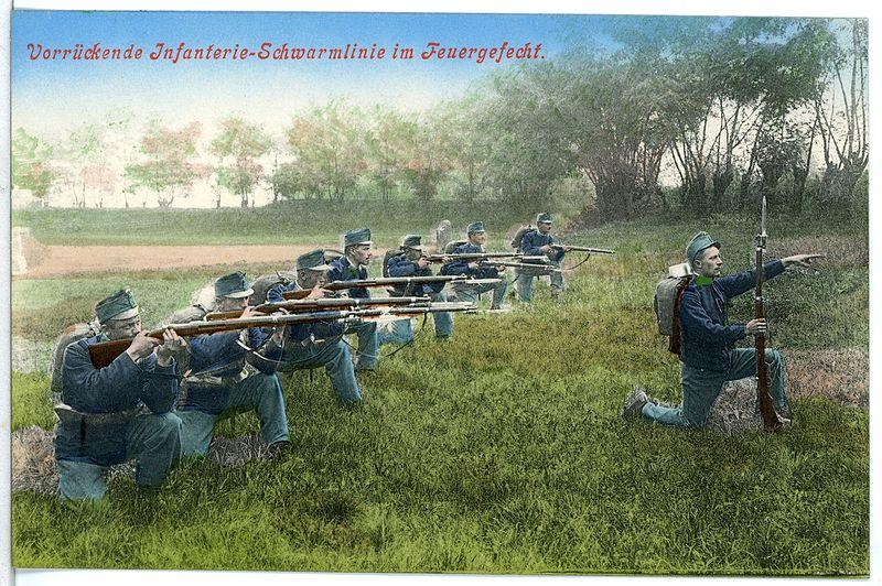 File:11531-Theresienstadt-1910-Vorrückende Infanterie-Schwarmlinie im Feuergefecht-Brück & Sohn Kunstverlag.jpg