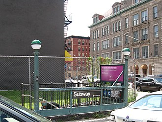 125th Street (IND Eighth Avenue Line) - Street stair