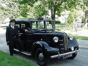 The London Taxi Company - Austin/Carbodies FX3