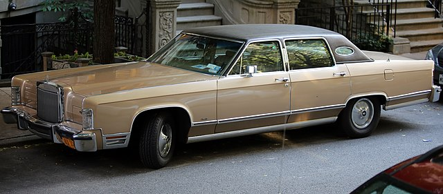 file 1978 lincoln continental town car from up wikimedia commons. Black Bedroom Furniture Sets. Home Design Ideas