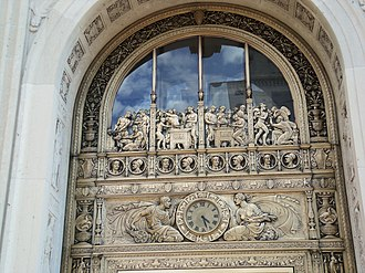 First National Bank Building (Davenport, Iowa) - Image: 1st National entrance