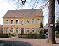 20100413405DR Tragnitz (Leisnig) Pfarrhaus Pankratiuskirche.jpg
