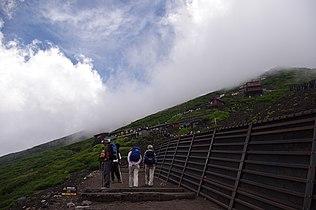 20100728 Climbing Mt Fuji 6300.jpg