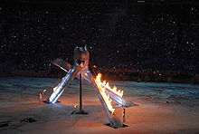 220px-2010_Opening_Ceremonies_-_Lighting_Interior_Cauldron Wayne Gretzky Edmonton Oilers Los Angeles Kings New York Rangers Team Canada Wayne Gretzky