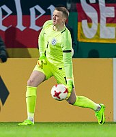bf8226994 Pickford playing for England U21 in 2017