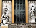 3156-Entrada a la Biblioteca Nacional (Madrid).jpg