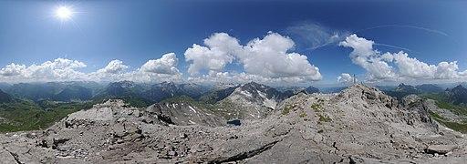 360° Mohnenfluh Oberlech Panorama.jpg