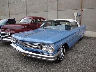 Pontiac Bonneville - 1960 Pontiac Bonneville