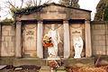 8039viki Cmentarz w Bielawie ul. Żeromskiego. Foto Barbara Maliszewska.jpg