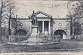97- Lille – Monument du général Négrier & l'École d'Équitation.jpg