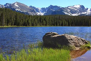 Bierstadt Lake - Mountains south of Bierstadt Lake