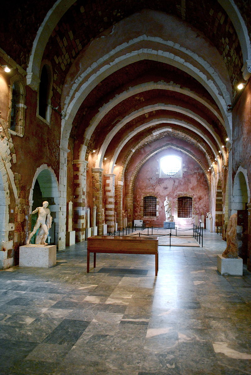Museo Arqueológico de La Canea 800px-AMC_Intern_of_Museum_of_Chania_%28Crete%29_1