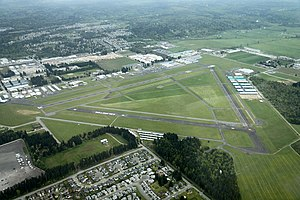 Arlington Municipal Airport (Washington) - Image: Aerial KAWO May 2012