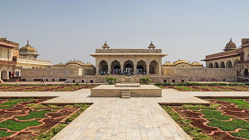 File:Agra 03-2016 14 Agra Fort.jpg