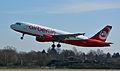 Airbus A320-214 (D-ABDW) 02.jpg