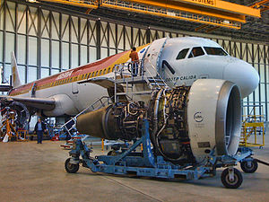Aircraft maintenance - An A321 from Iberia having its CFM56 changed