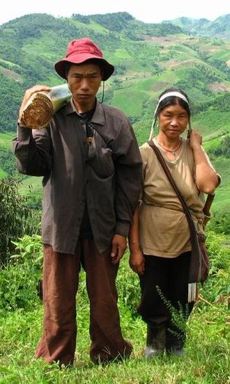 Homo sapiens - Male and female H s. sapiens (Akha in northern Thailand,  2007 photograph)