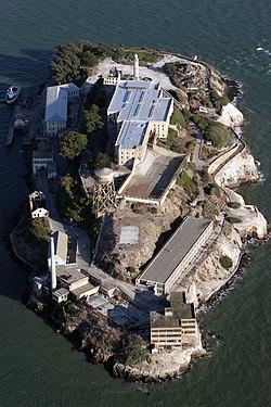 Alcatraz aerial.jpg