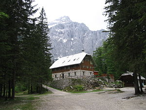 Aljaž Lodge in the Vrata Valley - Image: Aljažev dom v Vratih